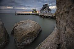 日落在Bangsaen的观点 库存照片