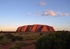 日落在Uluru 免版税图库摄影