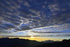 日落在yushan国家公园 免版税库存照片