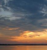 日落天空在亚马逊 免版税库存图片