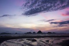 日落时间和微明天空 免版税库存照片