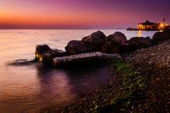 日落海岸线的颜色 免版税库存图片