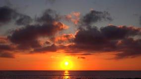 日落海滩Timelapse,在海滨,日落的欧申维尤的日出在夏天 股票录像
