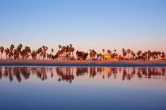 日落海洋反射威尼斯海滩,加州 免版税图库摄影