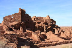 日落火山口Wupatki印地安人废墟 免版税库存照片