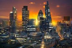 日落的伦敦市 多重曝光图象包括伦敦市财政唱腔 英国伦敦 免版税库存照片