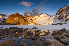 日落的光芒的费兹罗伊 巴塔哥尼亚 库存照片