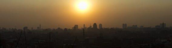 日落的全景视图在开罗的 库存照片