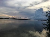 日落的反射在海洋在佛罗里达群岛 库存图片
