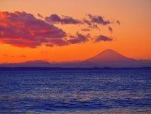 日落的大富士山 免版税库存照片