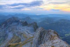 日落的山全景从Saentis 库存图片