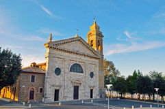 日落的意大利教会 图库摄影