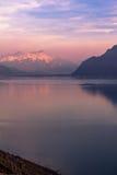 日落的日内瓦湖 库存图片