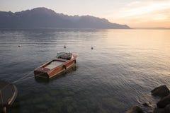 日落的日内瓦湖 库存照片