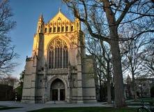 日落的普林斯顿大学教堂 库存图片