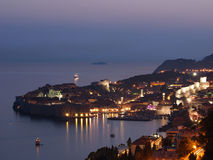 日落的杜布罗夫尼克市,克罗地亚 库存照片