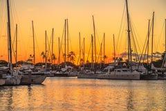 日落的檀香山港口 免版税图库摄影
