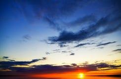 日落的海洋。 免版税库存照片