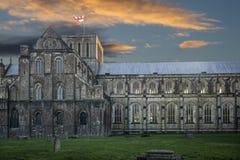 日落的温彻斯特大教堂 免版税库存照片