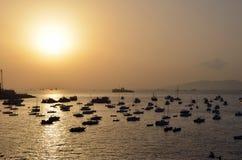 日落的港口在孟买 免版税库存照片