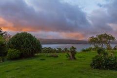 日落的湖阿雷纳尔 库存图片