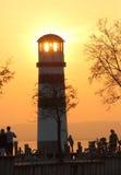 日落的灯塔 免版税库存图片