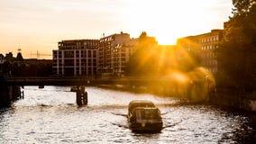 日落的狂欢河 图库摄影