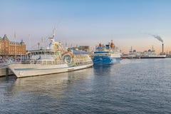 日落的赫尔辛堡港口 免版税库存照片