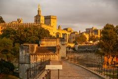 日落的阿维尼翁,法国 免版税库存照片
