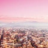 日落的,城市地平线佛罗伦萨 佛罗伦萨中央寺院 Basilica Sa di 库存图片