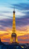 日落的,巴黎,法国艾菲尔铁塔 免版税库存照片