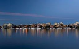 日落的维多利亚内在港口 免版税库存图片