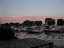 日落的Brockville港口 库存照片