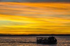 日落颜色在Morro de圣保罗,萨尔瓦多,巴西 免版税库存图片