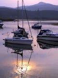 日落颜色,壳海岛,威尔士。 免版税图库摄影