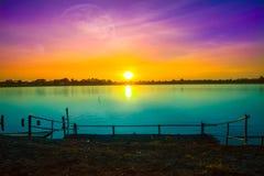 日落,海,日出-黎明,湖,天空 免版税库存图片