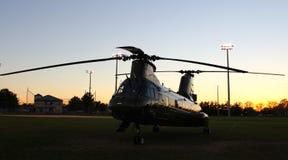 日落CH-46E 图库摄影