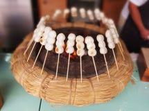 日语串起的米饺子 库存图片