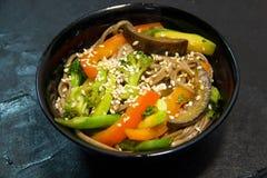 日语或韩国或中国海鲜膳食 面条 免版税库存图片
