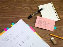 日语;学会在笔记本的新的语言文字词 库存照片