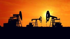 日6月卡扎克斯坦月西部的油泵 石油工业equipment.oil和气体加工设备 库存照片
