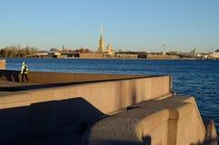 日晴朗彼得斯堡的st 免版税图库摄影