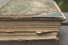旧书详细资料 免版税库存图片