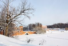 旧时庄园冬天早晨 库存照片