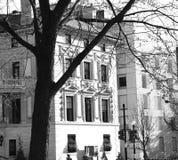 旧时建筑学在城市 免版税图库摄影