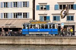旧时电车在瑞士苏黎士 图库摄影