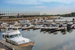 旧港口的小游艇船坞 图库摄影