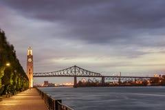旧港口的蒙特利尔尖沙咀钟楼 免版税库存照片