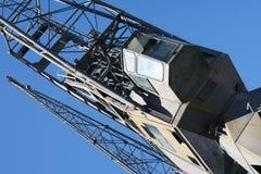 旧港口起重机在热那亚2 免版税库存图片
