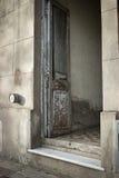破旧的门 库存图片